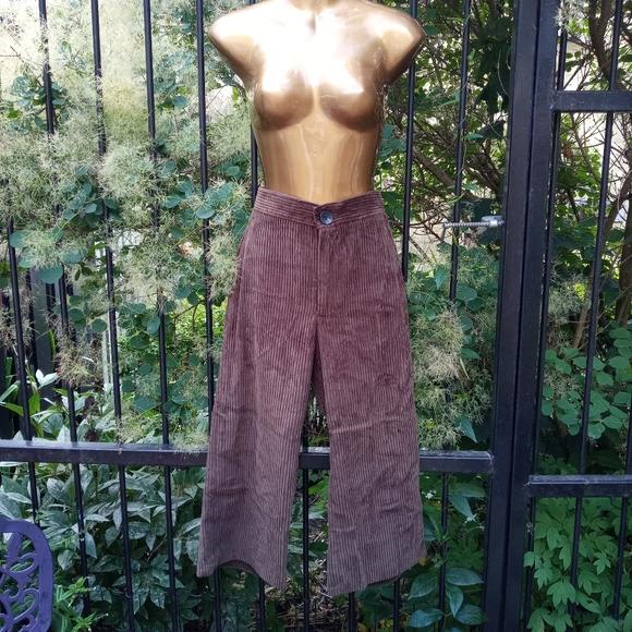Zara hi rise crop corduroy pants size small